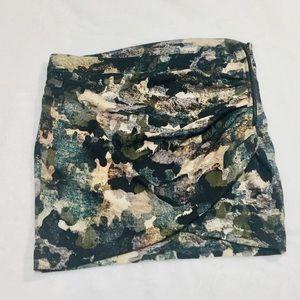 🌻3/$20 EUC Bershka Camo Asymmetrical Mini Skirt